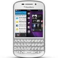 Мобильный телефон BlackBerry Q10 (White)