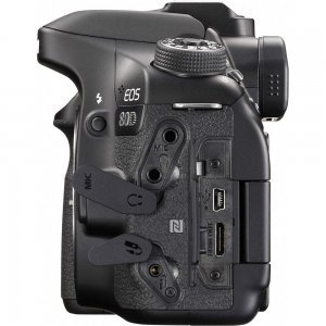 Зеркальный фотоаппарат Canon EOS 80D body (1263C031)